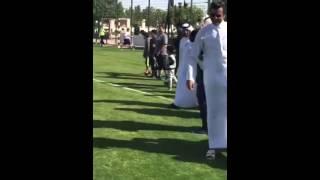 بالفيديو: أمير قطر يلعب الكرة مع الأطفال.. والشيخة موزة تمارس رياضة الغولفبالفيديو.. أمير قطر يلعب الكرة مع الأطفال