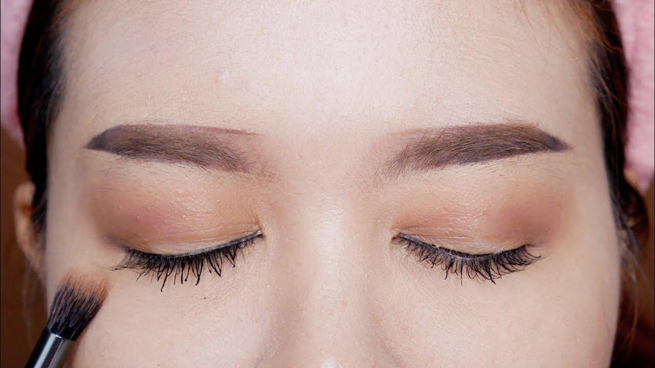 แต่งตาใช้อายแชโดว์สีเดียวEP.2 Beginners makeup using ONE Eyeshadow for asian eyes l puinuii make up