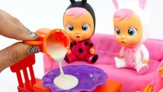 Coney no Quiere Tomar Papilla 🍼 Bebés Llorones thumbnail