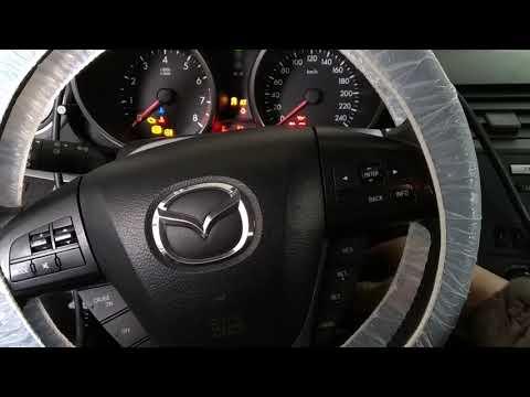 Mazda3 BL пришиваем брелки центрального замка