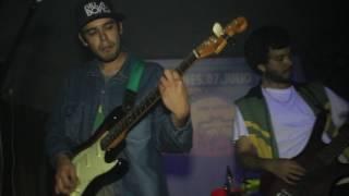 Augusto Fernández-Busca tus sueños-La Combination reggae