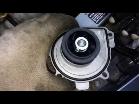 Opel Astra j замена помпы.(двигатель а16 xer 115л.с)