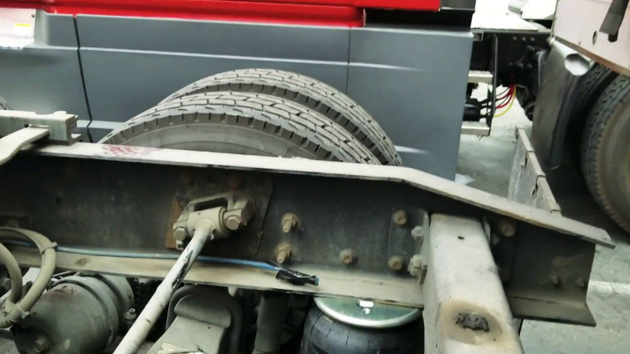 How To Replace Air Bag Suspension On Freightliner Cascadia Semi Tractor Truck 2 Of