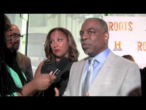 "First Kunta Kinte LeVar Burton talks ""Roots"" with the DivaGals"