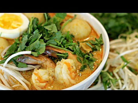Coconut Curry Seafood Laksa Recipe | Malaysian Food