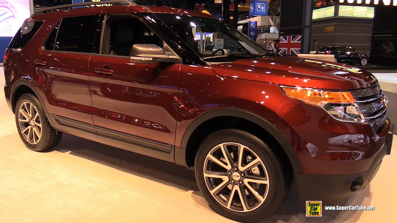 2015 ford explorer xlt 4wd exterior and interior walkaround 2015 chicago auto show youtube. Black Bedroom Furniture Sets. Home Design Ideas