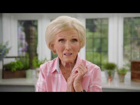 Classic Mary Berry: How To Make Prawn Cocktail (Episode 6)   Cooking Show
