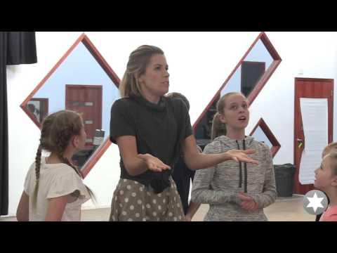 Do Re Mi - Amy Lehpamer & Melbourne von Trapp Children (The Sound of Music)
