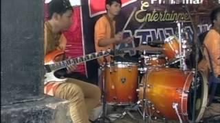 Download Lagu pelangi dimatamu hots dangdut koplo versi campursari zelinda mp3