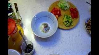 MY.Салат с лимонной курицей и авокадо.