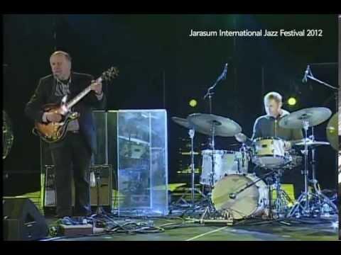 Green Tea by John Scofield Trio feat. Steve Swallow & Bill Stewart_Live at Jarasum Jazz 2012
