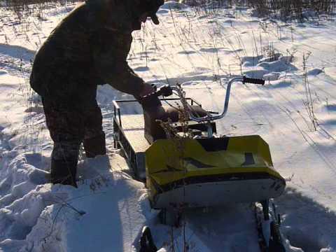 Тест смодельного снегохода