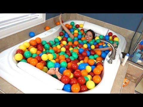 INSANE BUBBLE BATH!!