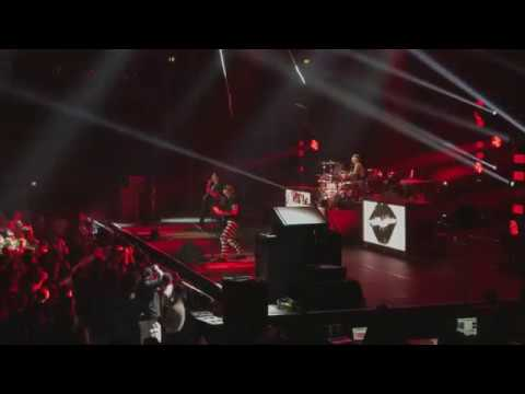 Blink 182 Live (4K) - 2017 Tour - Full Show - König-Pilsener-Arena Oberhausen