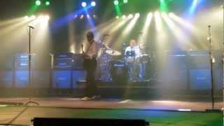 Status Quo Forty Five Hundred Times / RAIN. Frantic Four. First Row!! Manchester Apollo 6.3.13