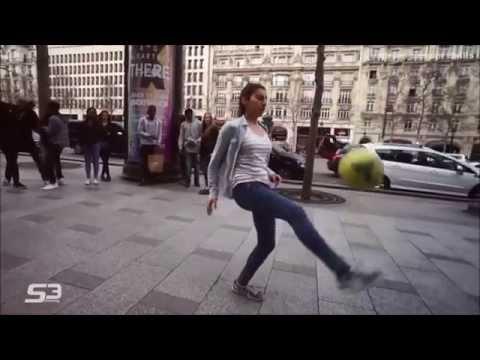 lisa vs laura female best street soccer players