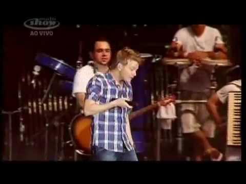 Michel Telo Ai se eu te pego(Oh! if I catch you) live in Brazil Planeta atlantida  2012