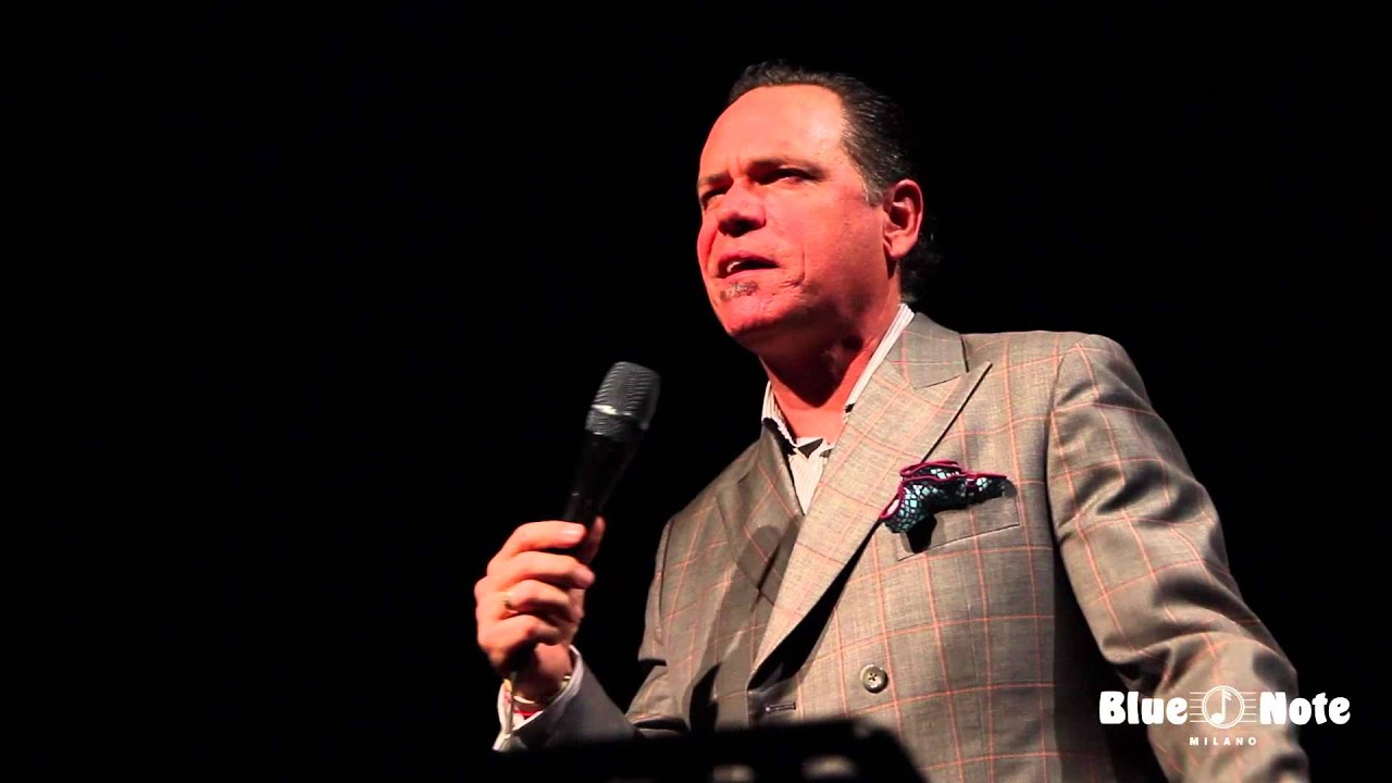 Kurt Elling | Where the Streets Have No Name | Live @ Blue Note Milano
