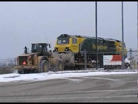 Erie Shipping News - Shifting a GE Class 70 PH37ACmi at the Mountfort Terminal