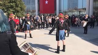 Akhisar Belediyesi Kadın Ritm Grubu ve Halk Oyunları gösterisi