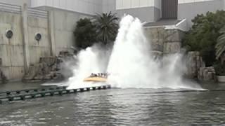 hd usj ジュラシック パーク ザ ライド 水しぶきシーン