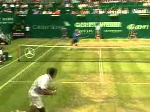 Roger Federer VS Rohan Bopanna -- Halle 2006 Highlights