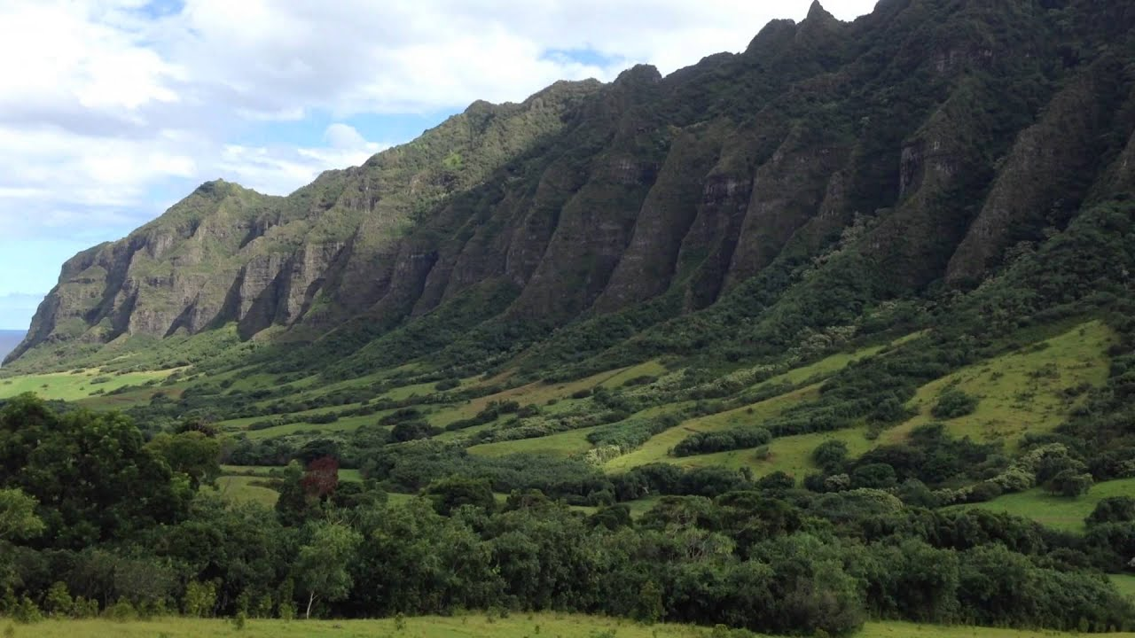 Kualoa Ranch Jurassic Park Tour