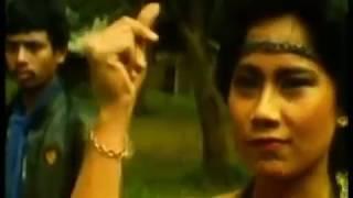 Download lagu Film jadul barry prima Gadis Berwajah Seribu MP3
