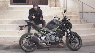 MotoMe test Kawasaki Z900