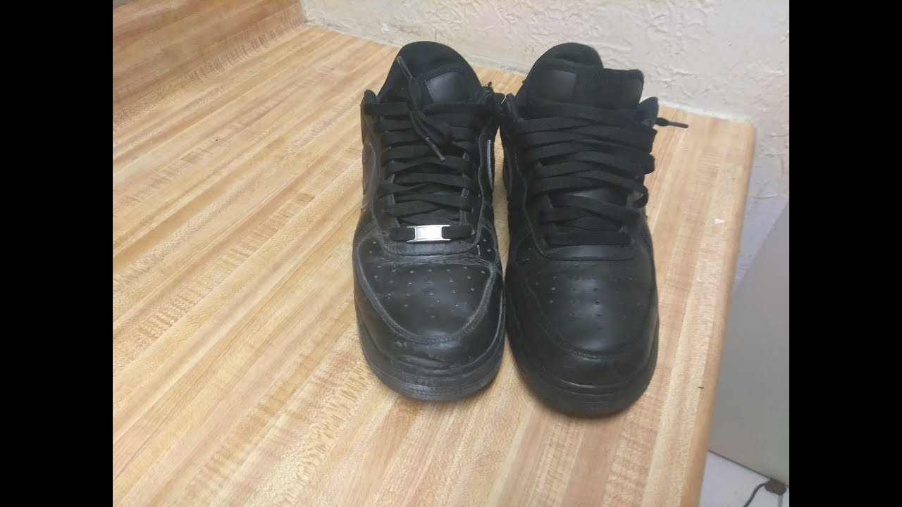How to clean Black Air Force 1 - YouTube