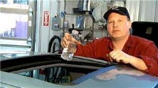 Auto Repair Tips : Sunroof Leakage thumbnail
