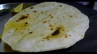 Tandlachi bhakri (Rice Roti)