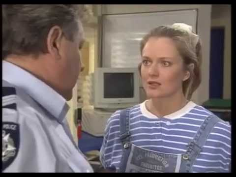 Blue Heelers   S01E03   Why Give People Rights