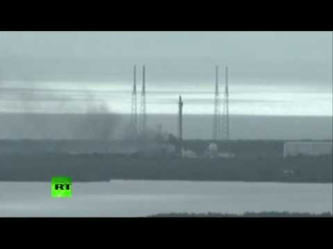Cap Canaveral : explosion d'une fusée SpaceX sur la rampe de lancement (Direct du 1.09.16)