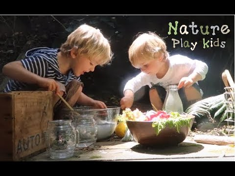 Nature Play Kids: Making a magic potion | outdoor activity idea | forest school activity