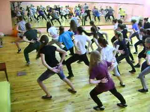 Видео, MOV07240 27.05.2014 Ижевск арт-квадрат танцы