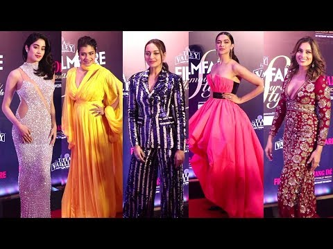 Many Celebs Attend FilmFare Glamour And Style Awards 2019 Mp3