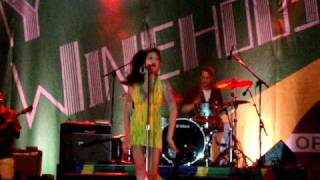 Amy Winehouse - Tears Dry On Their Own (Live in Recife, Brasil - 13.01.2011)