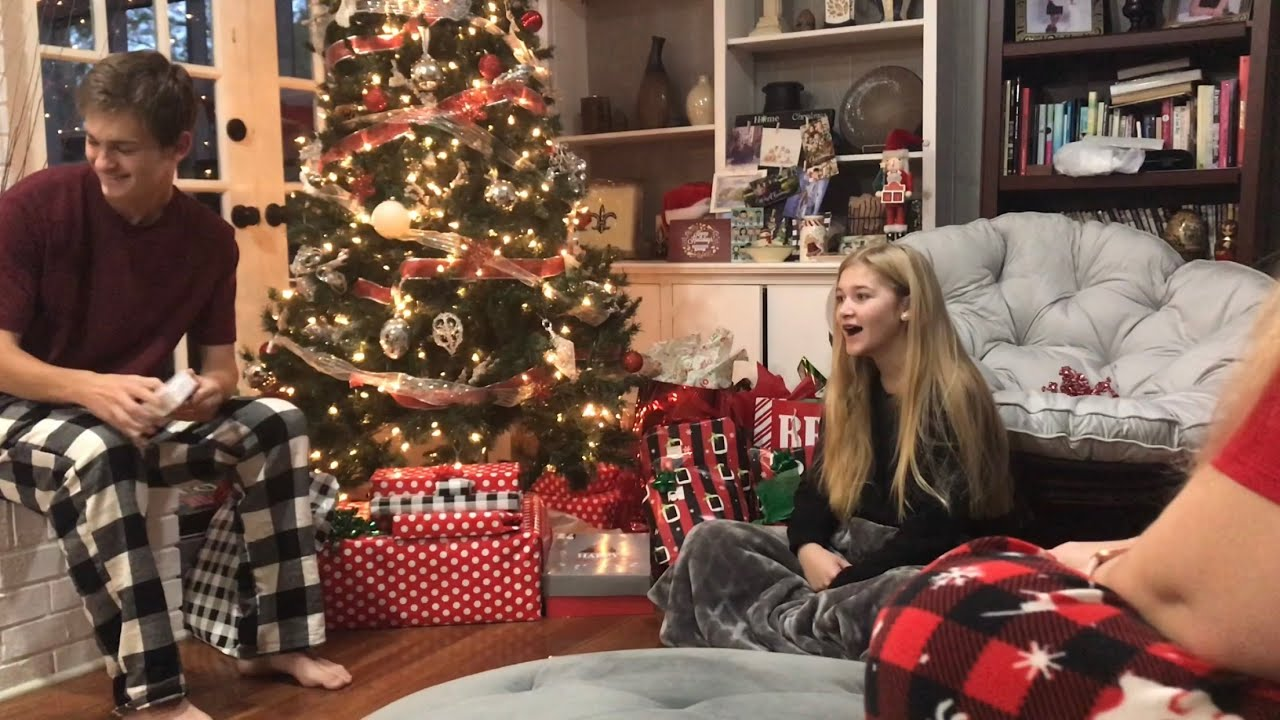 Christmas Morning 2019 Opening Presents Youtube