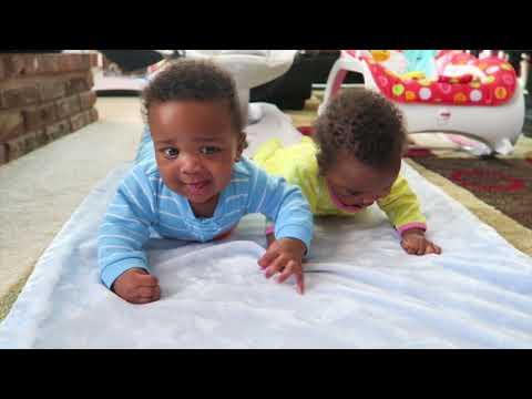 JAYLA AND JAXSON CONQUER TUMMY TIME! 😍😍😍😍   TWIN FLASHBACK