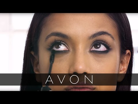 Smudged Eyeliner Tutorial with Lauren Andersen | Avon
