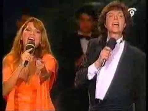 camilo sesto con Angela Carrasco_CALLADOS (En vivo)