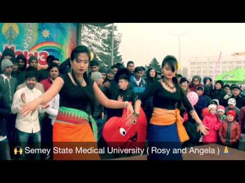 Manipuri Girls Giving Public Dance Performance