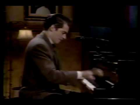 Fly me to the Moon - Harry Connick Jr and Ben Wolfe