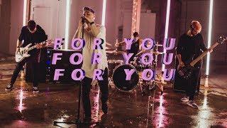 Смотреть клип Fame On Fire - For You