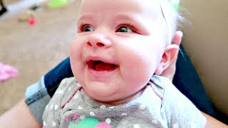 👶🏻What's SO FUNNY😂