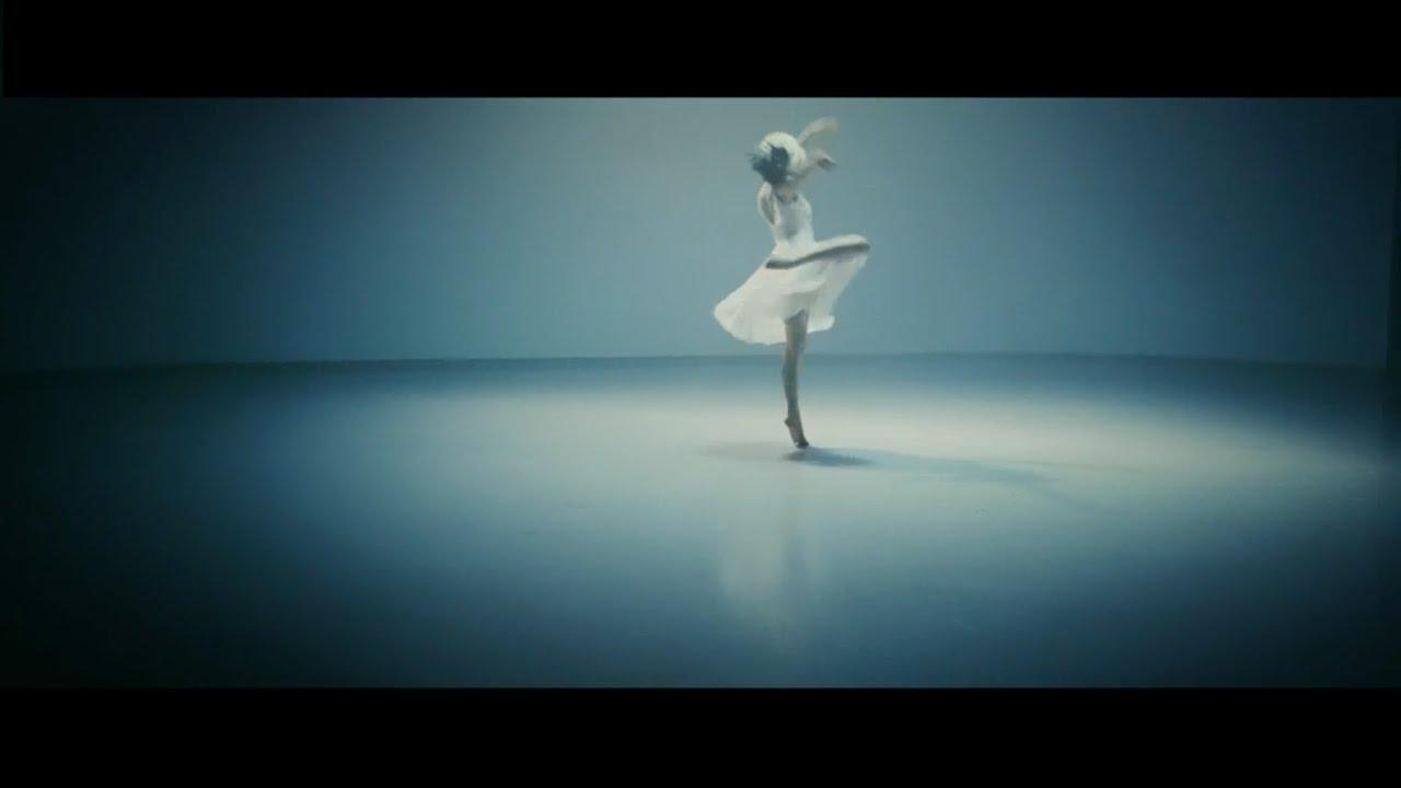 Sia 『アライヴ feat. 土屋太鳳 / Alive feat. Tao Tsuchiya』