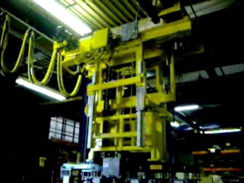 Automated Plate Handling - Heavy Manufacturing Industry.wmv