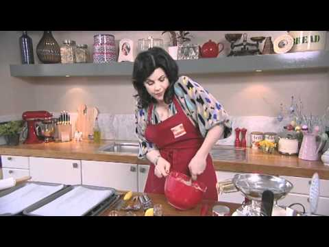Iced Easter Biscuits With Kirstie Allsopp