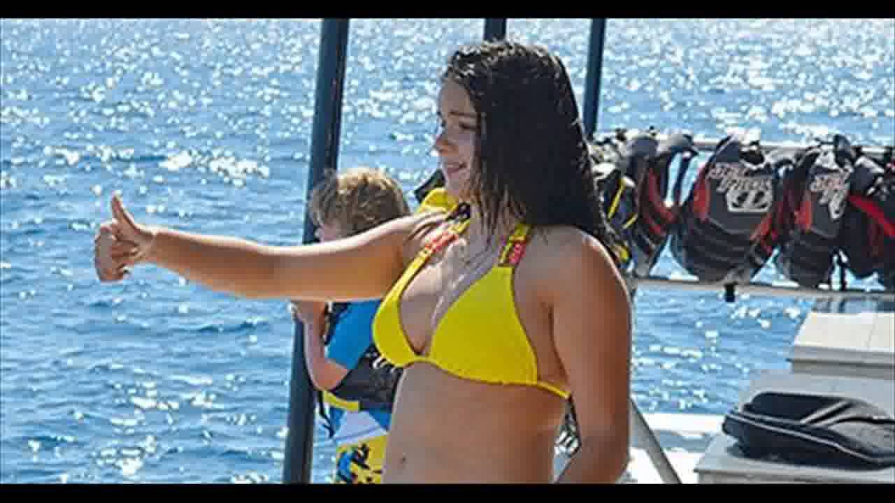 Modern family ariel winter bikini curious